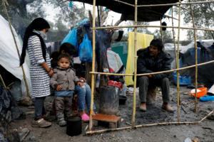 """""""Παρακαλάει"""" η Κομισιόν: Σας δίνουμε λεφτά, πάρτε ασυνόδευτα προσφυγόπουλα από την Ελλάδα"""