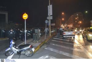 Καταδίωξη θρίλερ στο Χαϊδάρι με τον οδηγό να αναζητείται