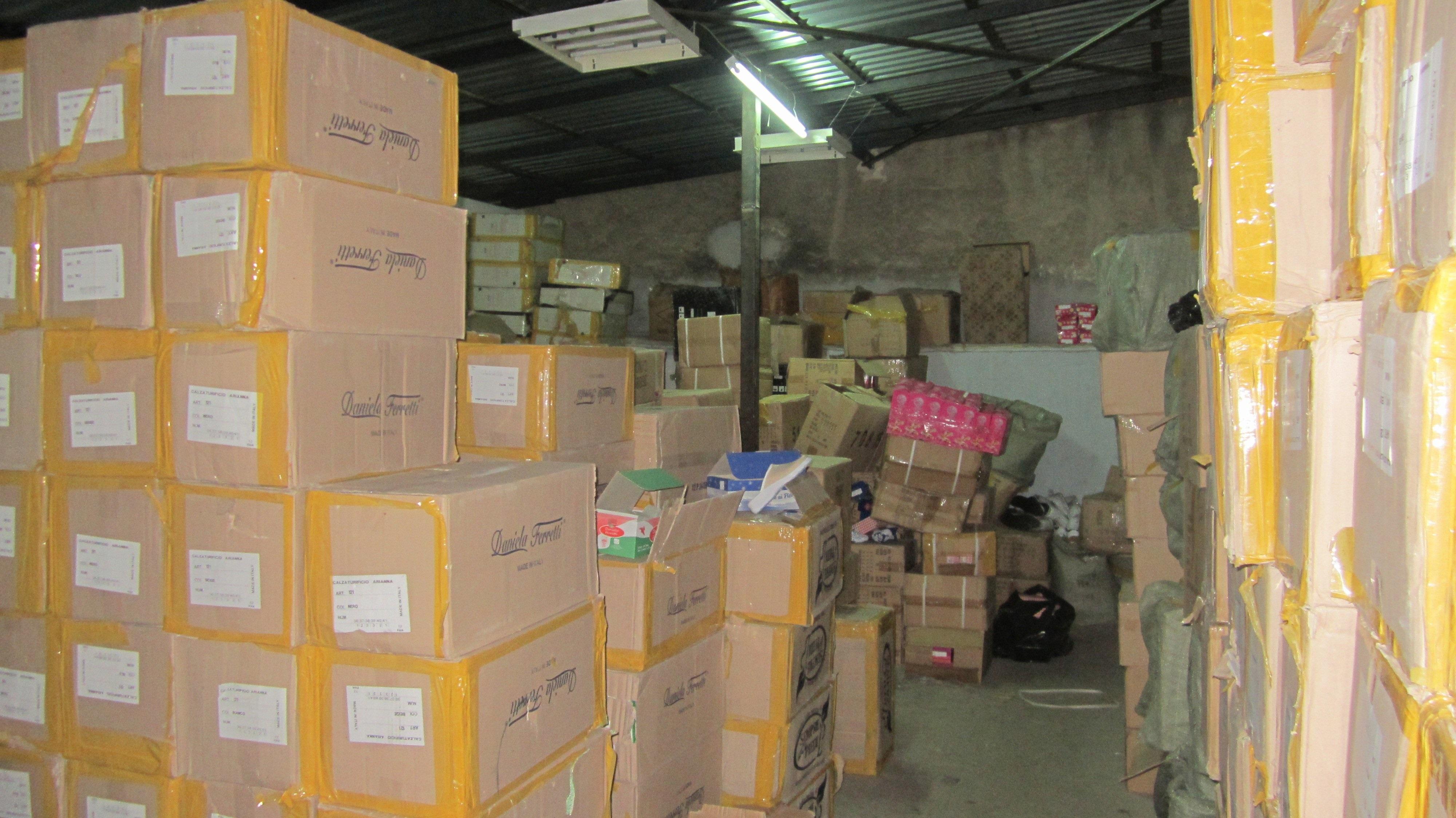 Πρόστιμα 8.300 ευρώ επιβλήθηκαν για παράνομο εμπόριο «μαϊμού» προϊόντων
