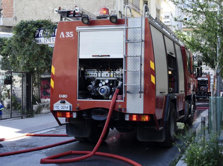 Μοσχάτο: Επίθεση με μολότοφ στο δημαρχείο