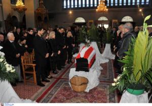 """Ολυμπιακός: Σε """"ερυθρόλευκο"""" χρώμα η κηδεία του Ρωσίδη! pics"""