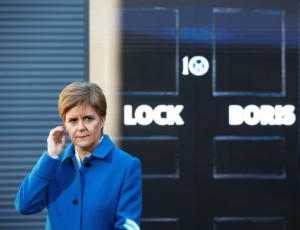 Στέρτζον: Ο Τζόνσον να αναγνωρίσει ότι έχουμε δικαίωμα για δεύτερο δημοψήφισμα αποχώρησης της Σκωτίας
