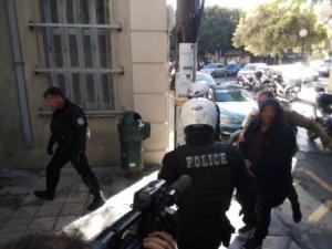 Κρήτη: Ψυχρός και ατάραχος ο συζυγοκτόνος της Αλικαρνασσού στον εισαγγελέα [video]