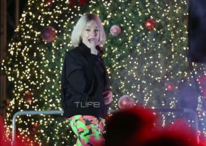 Τάμτα: Έκλεψε τις εντυπώσεις στην φωταγώγηση του χριστουγεννιάτικου δέντρου της Μαρίνας Φλοίσβου! [pics]