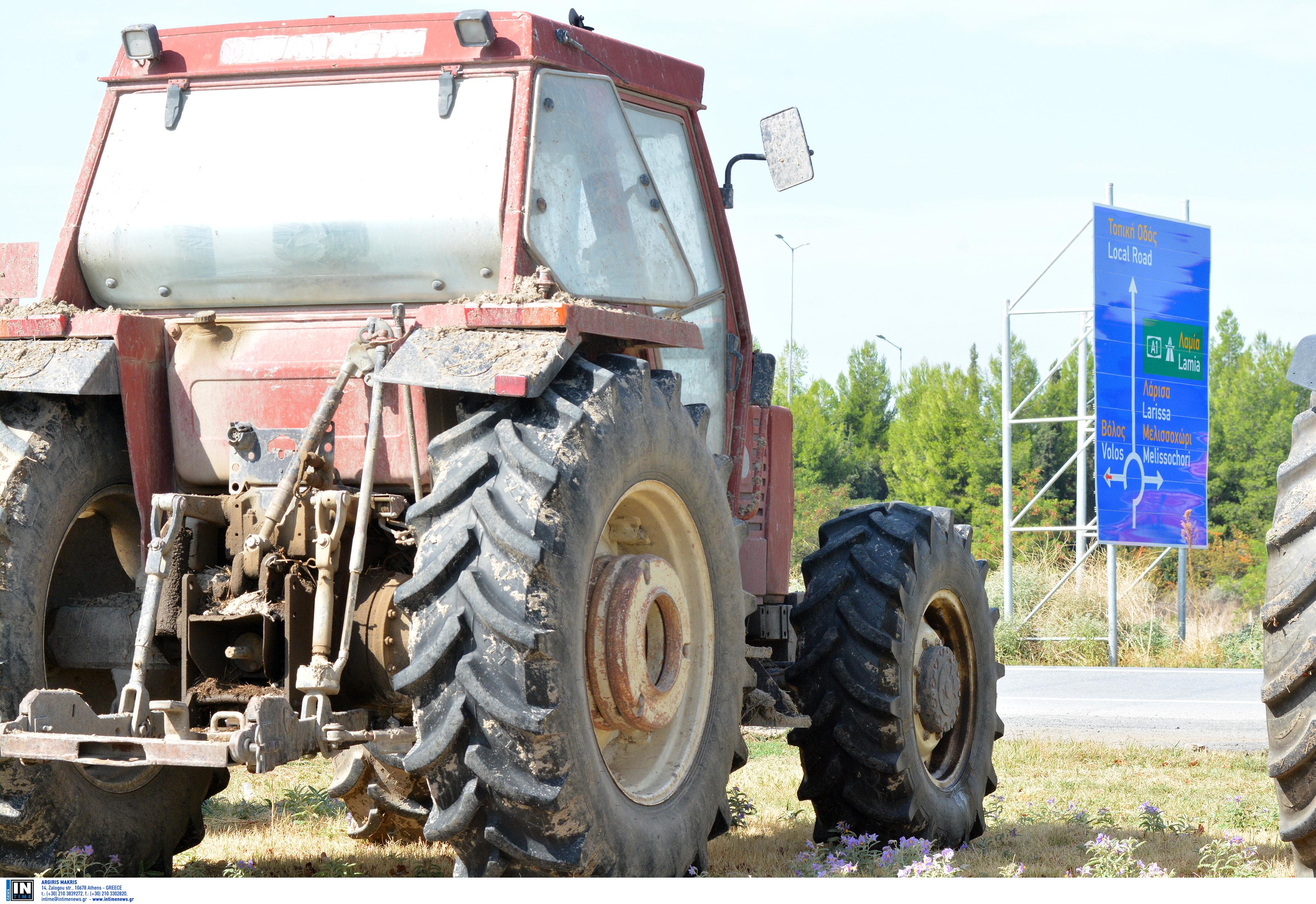Μπλόκα στους δρόμους την Τετάρτη από αγρότες σε Καρδίτσα και Λάρισα