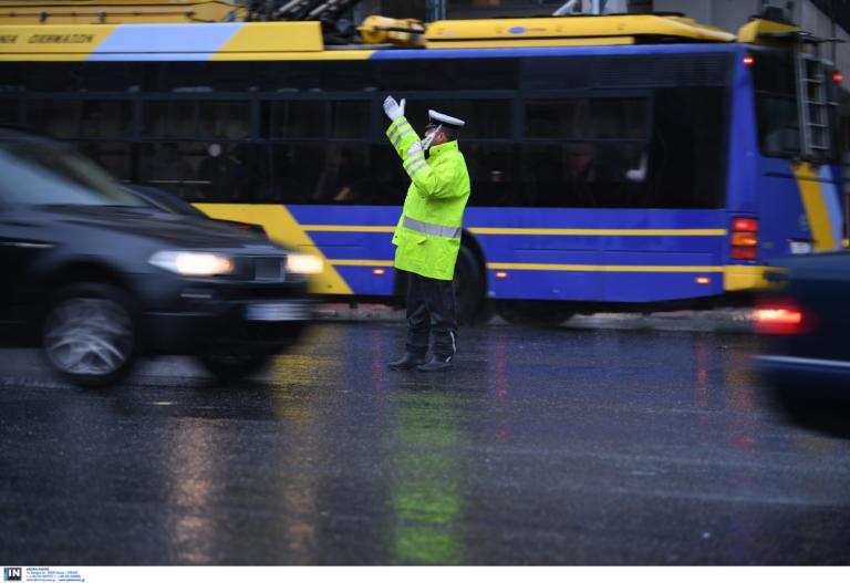 Θεσσαλονίκη: Επανέρχεται το σύστημα ελεγχόμενης στάθμευσης – Τι πρέπει να γνωρίζουν οι οδηγοί