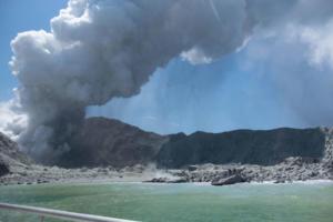 Νέα Ζηλανδία: Πέντε οι νεκροί από την έκρηξη ηφαιστείου! Θρίλερ με τους αγνοούμενους