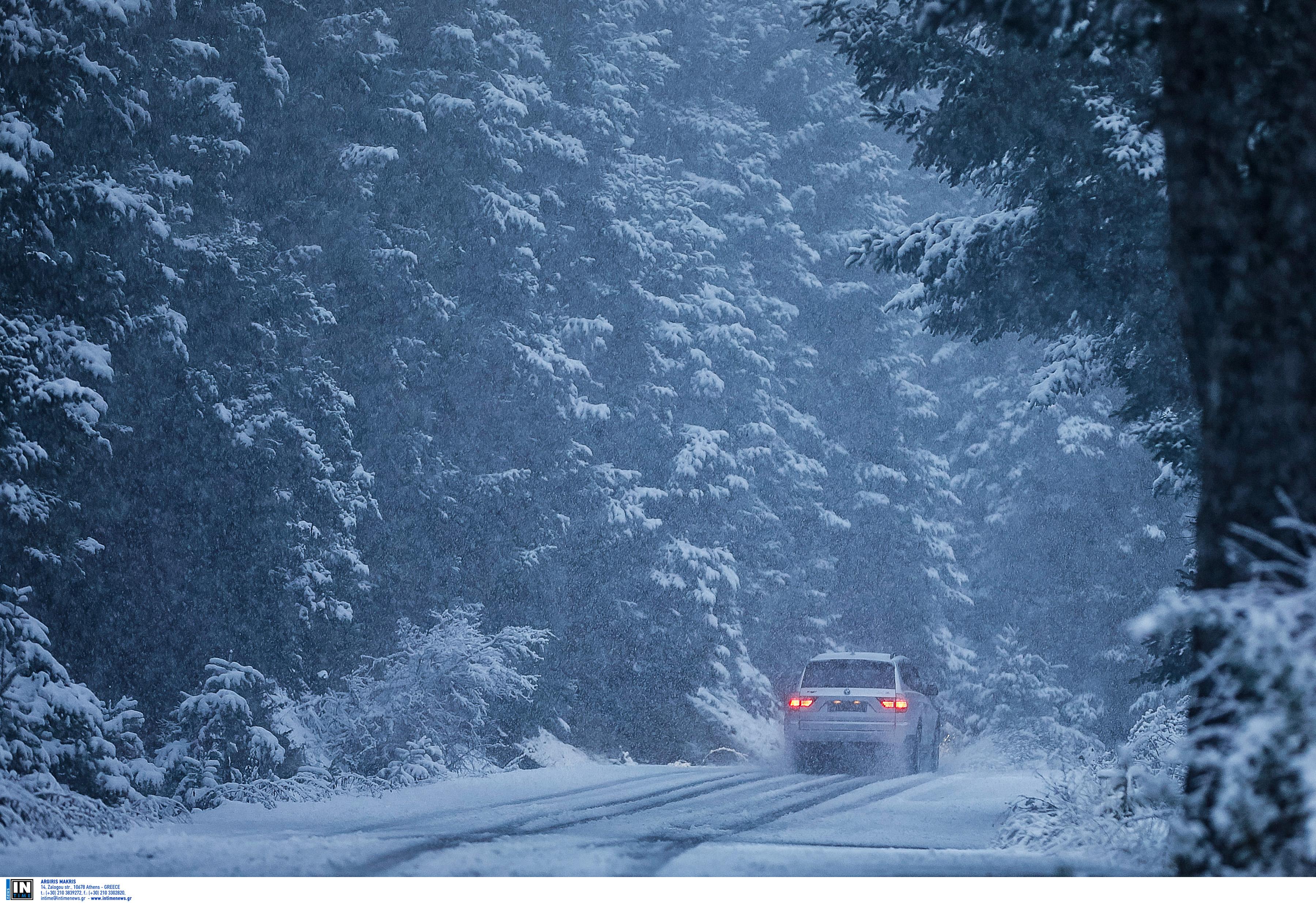 Και ξαφνικά... χειμώνας! Ο Δεκέμβριος έφερε απότομη πτώση της θερμοκρασίας, καταιγίδες και χιόνια