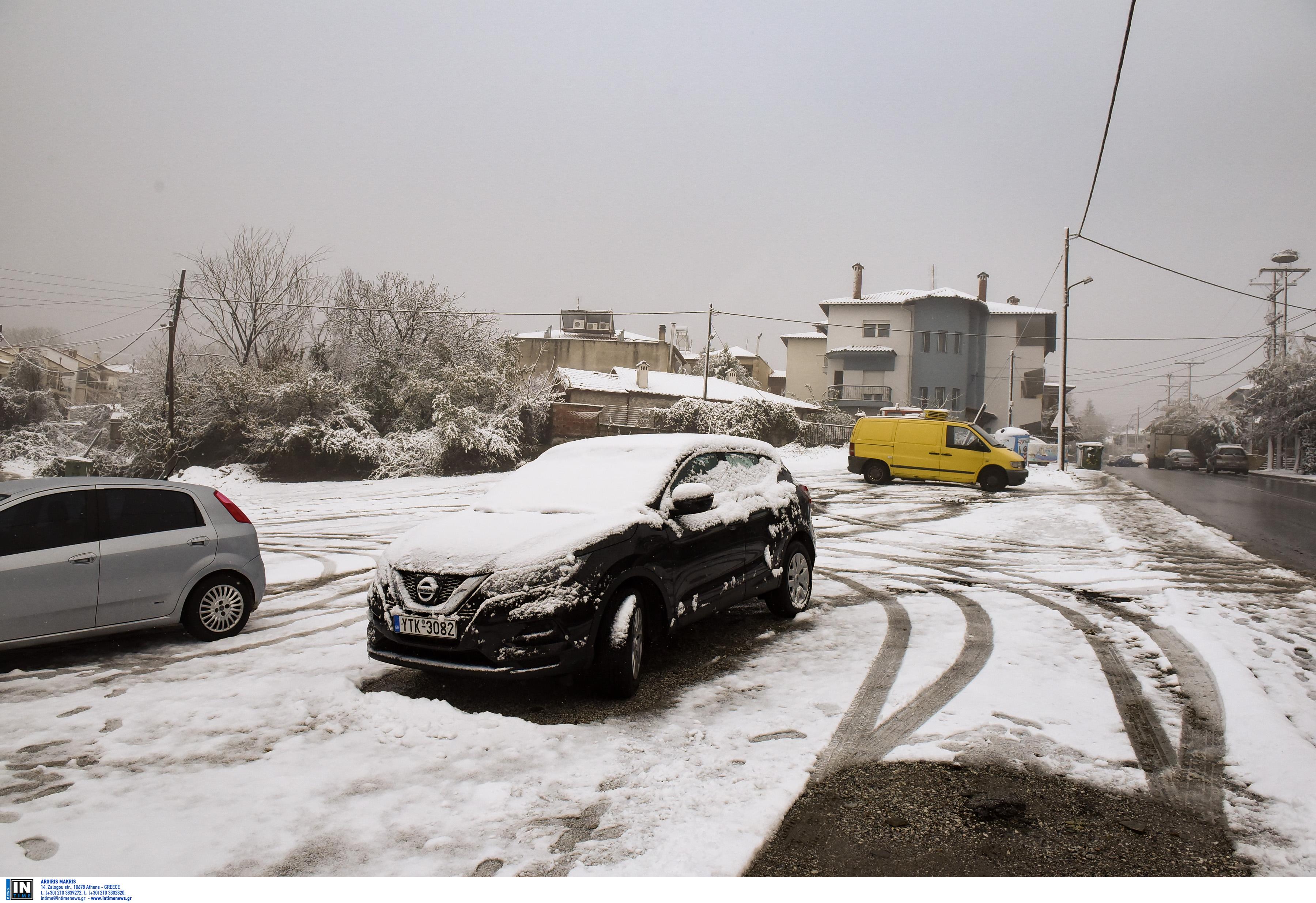 ΠΡΟΣΟΧΗ: Που χιονίζει τώρα, ποιοι δρόμοι είναι κλειστοί – Που θα χιονίσει τις επόμενες μέρες