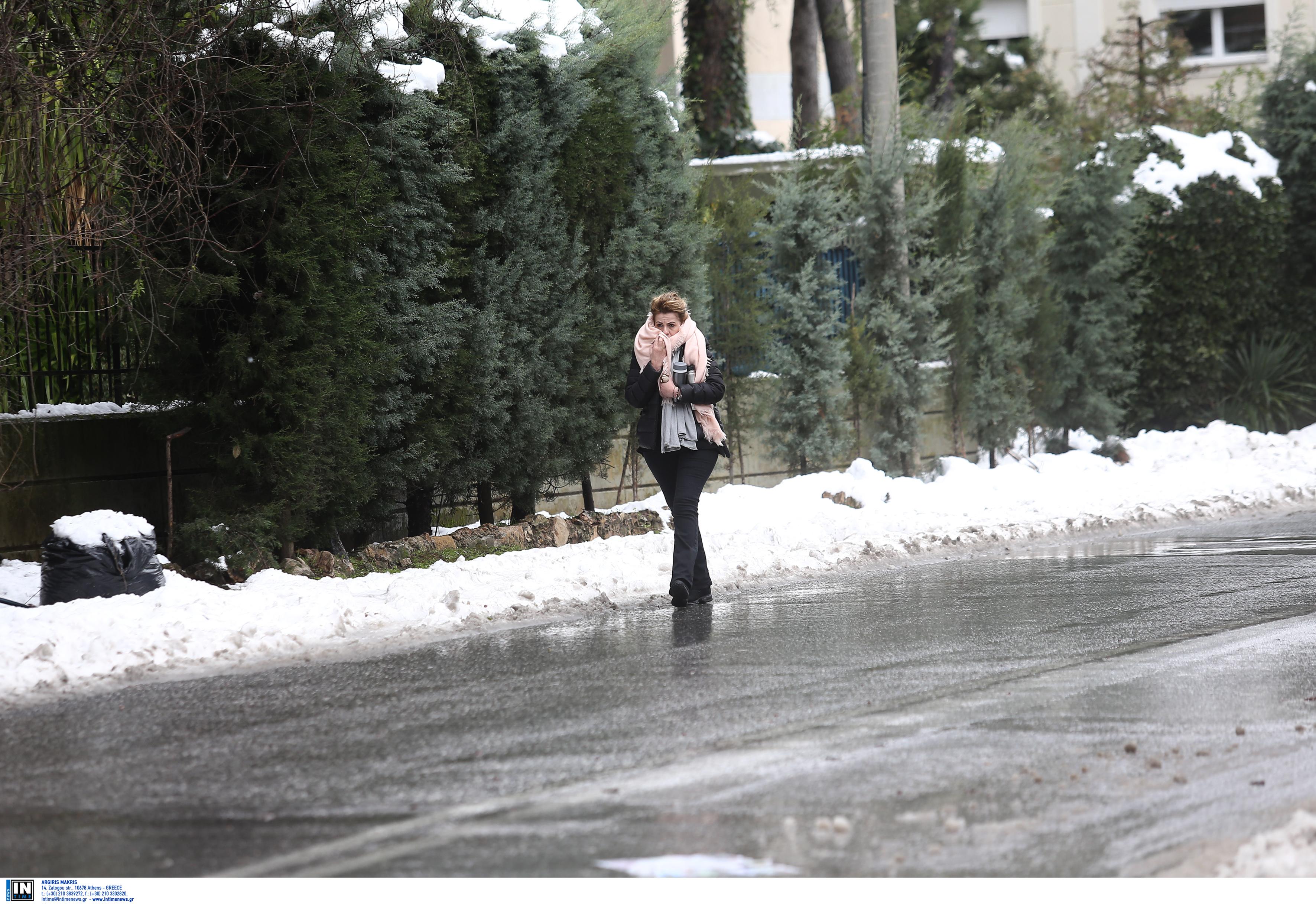 Κυριακή με παγωνιά! Πτώση θερμοκρασίας και χιόνια