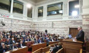 Στη Βουλή ρυθμίσεις του Υπουργείου Υγείας για κρίσεις και αμοιβές γιατρών, Ιατρικά Συνέδρια και clawback