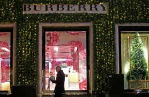 Burberry: Λανσάρει το online game Ratberry με αφορμή τη Χρονιά του Ποντικού