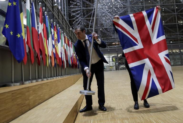 Brexit: Ελεύθερα επαγγελματικά ταξίδια συμφώνησαν Βρετανία και Ελβετία