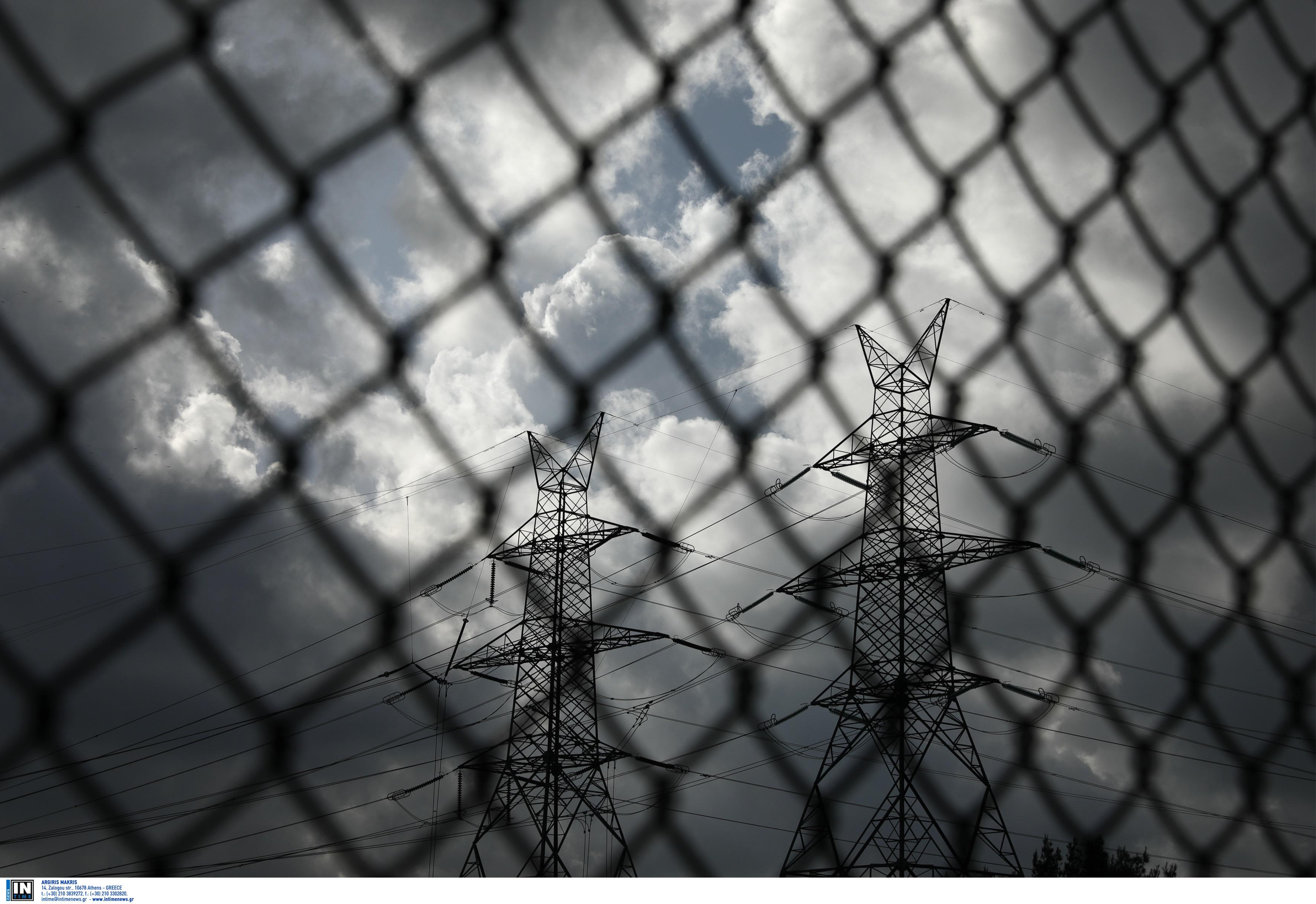 ΥΠΕΝ: Στις περιπτώσεις που γίνεται «λάθος» με αποκοπές ρεύματος θα «διορθώνεται»