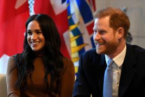 Πρόταση Netflix σε Πρίγκιπα Χάρι και Μέγκαν!