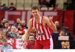 Ολυμπιακός – Μπάγερν: Έβγαλε αντίδραση και… εκτέλεσε με Βεζένκοφ!