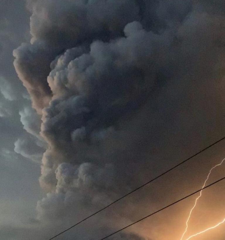 Φιλιππίνες: Κατάσταση συναγερμού μετά το ξύπνημα του ηφαιστείου Τάαλ
