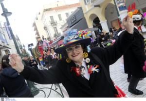 Πατρινό Καρναβάλι: Σε ρυθμούς χαράς, ξεγνοιασιάς και ξέφρενου γλεντιού μπήκε η Πάτρα!