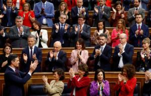 Ισπανία: Τέλος στην ακυβερνησία! Πήρε ψήφο εμπιστοσύνης ο Σάντσεθ