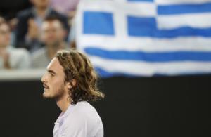 Τσιτσιπάς: Αυστηρό μήνυμα στους… οπαδούς της εξέδρας στο Australian Open!