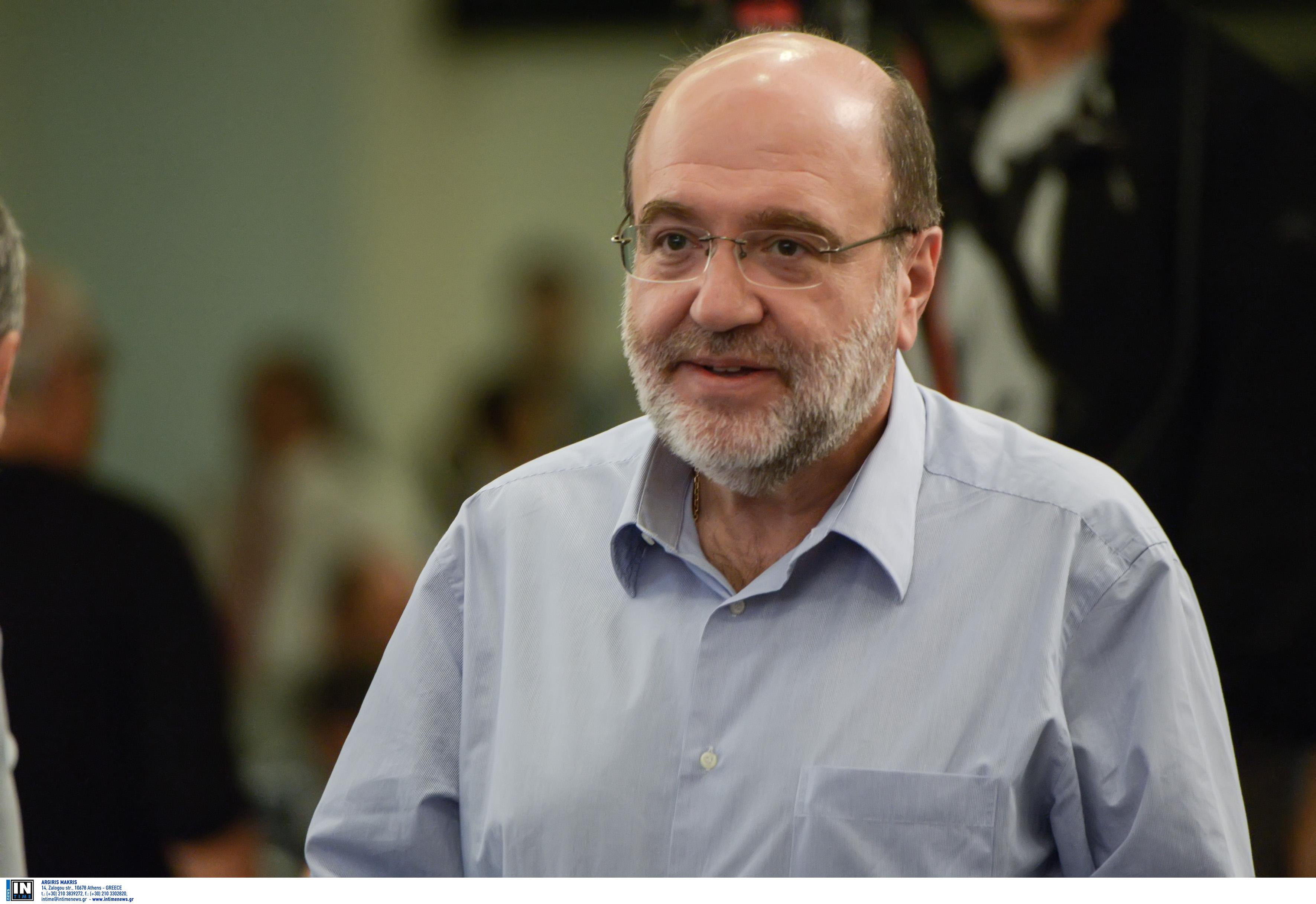 Τρύφων Αλεξιάδης: Η λιποθυμία στη Βουλή αποκάλυψε έναν όγκο στον εγκέφαλο