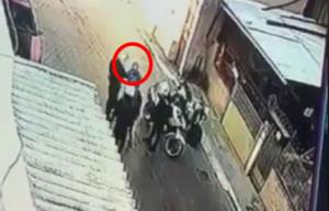 Μενίδι: Παραδόθηκε ο «νταής» αστυνομικός που χτύπησε τον 11χρονο!
