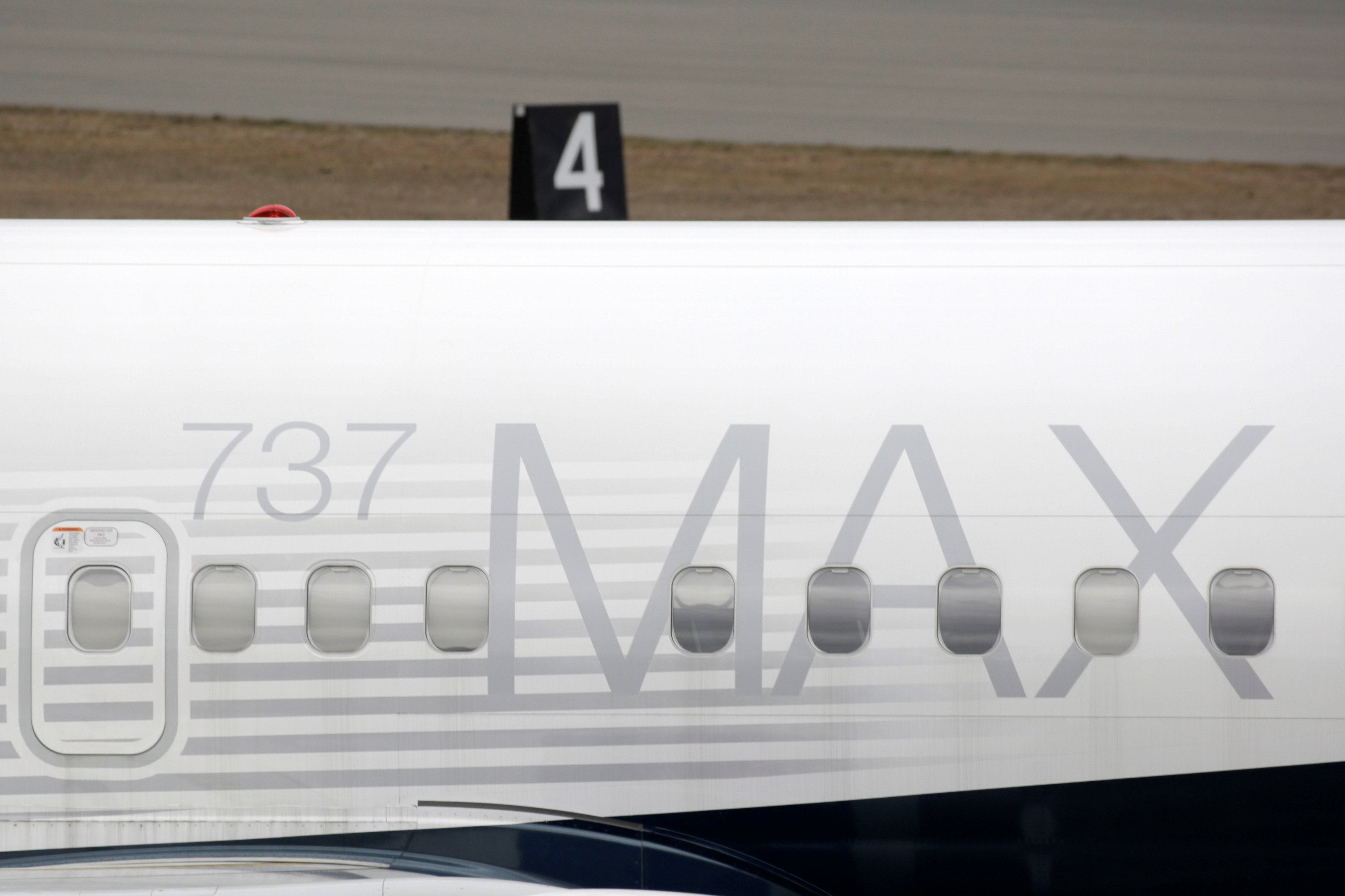 Η Boeing δοκιμάζει και πάλι τα προβληματικά 737 MAX! Συνεχίζονται οι ακυρώσεις παραγγελιών