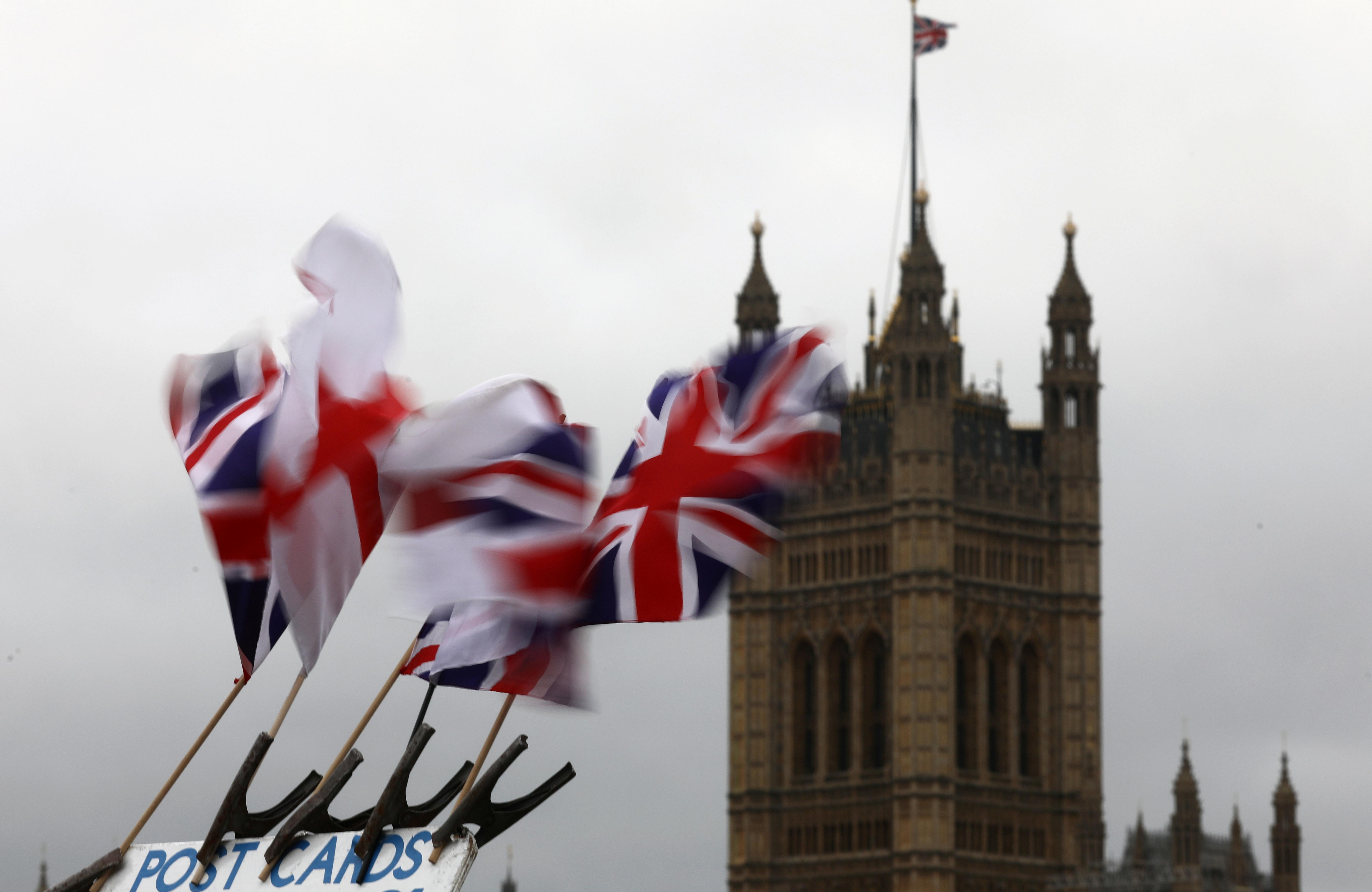 Βρετανία: Βαρύ το πλήγμα του Brexit στις εξαγωγικές επιχειρήσεις – Ζητούν την βοήθεια της κυβέρνησης