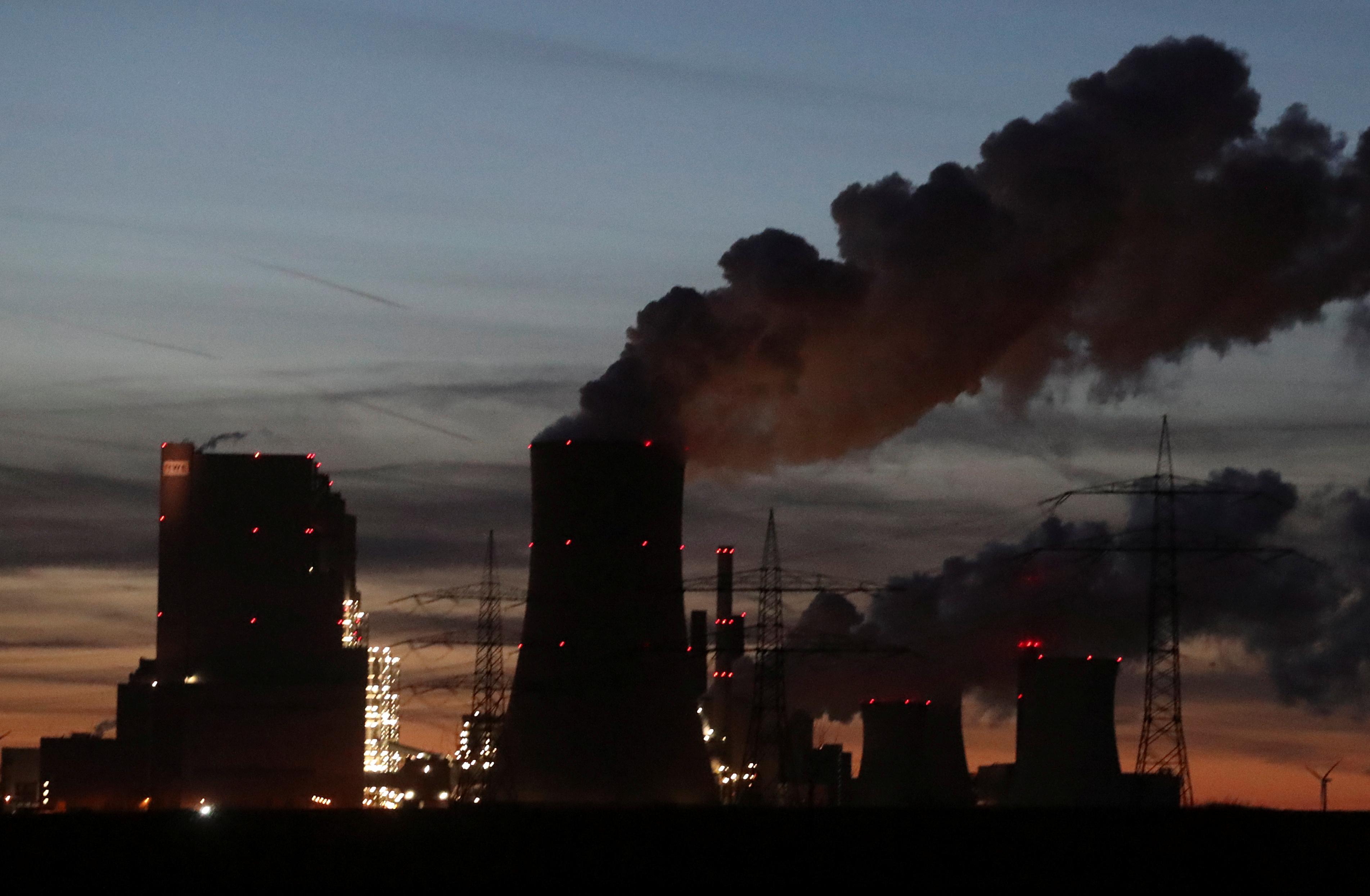 Βρετανία: «Πράσινη κατασκοπεία» από την MI6 προς τους μεγάλους ρυπαντές του κόσμου