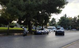 Κουκάκι: Ένταση στην Ευελπίδων με τους συλληφθέντες