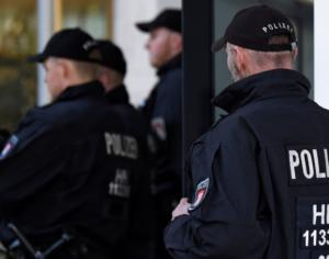"""Γερμανία: Έρευνες και αστυνομικές επιχειρήσεις για """"ισλαμιστικούς κύκλους"""""""