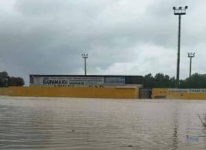 Ηράκλειο: Κακοκαιρίας συνέχεια όπου γήπεδο μετατράπηκε σε λιμνοθάλασσα
