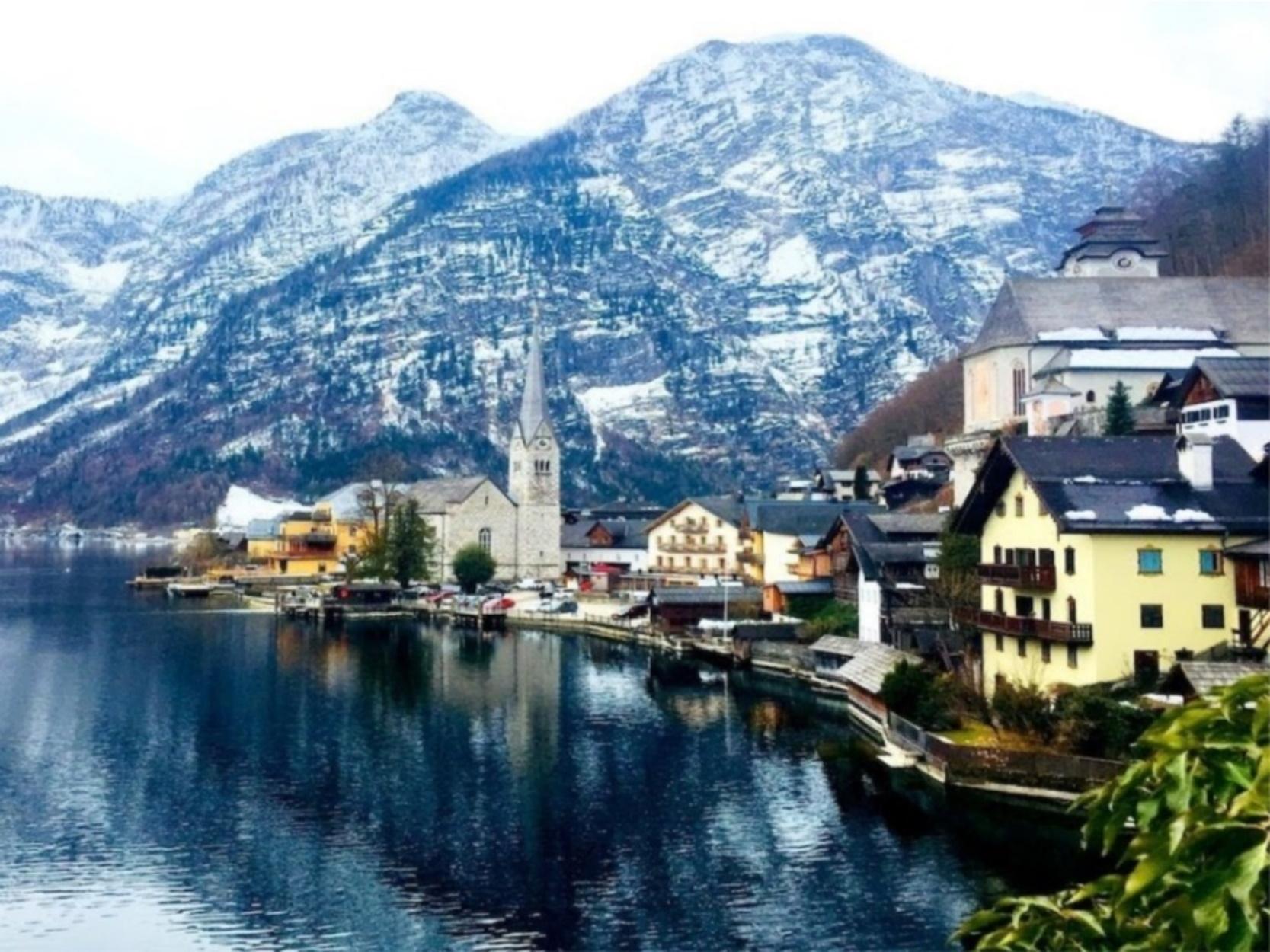 Οι κάτοικοι αυτού του αυστριακού χωριού προσπαθούν να διώξουν τους τουρίστες
