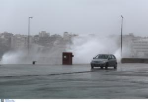 Καιρός σήμερα: Βροχές, καταιγίδες και αφρικανική σκόνη
