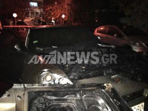 Κολωνάκι: Πυρπόλησαν τρία αυτοκίνητα κοντά στην πρεσβεία των ΗΠΑ
