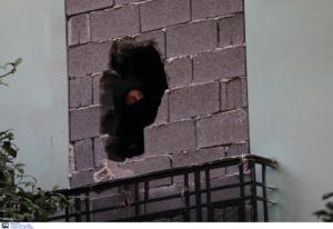 Κουκάκι: Μυρίζει… μπαρούτι! Αντιεξουσιαστές ανακατέλαβαν κτίρια! [pics]