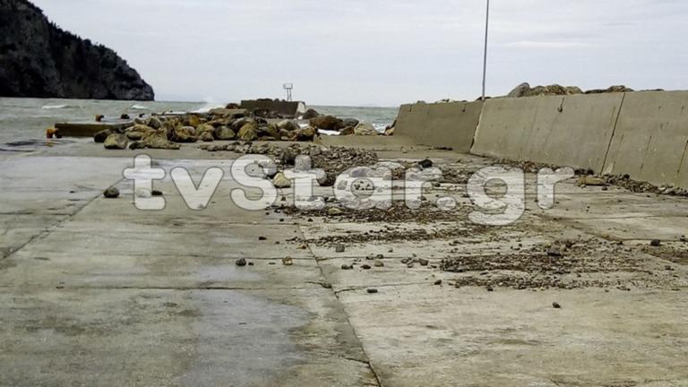 Tο λιμάνι της Εύβοιας σπάει (!) από τους θυελλώδεις ανέμους! video