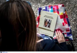 """Θεσσαλονίκη: Σοκαρισμένη η μαθήτρια που αναγκάστηκε να γλείψει """"τουρκική"""" τουαλέτα! Όλα τα στοιχεία"""