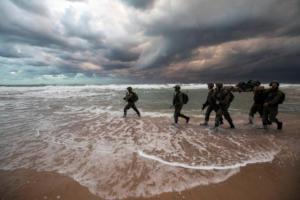 Λιβύη: Την εγκαταλείπουν κατά χιλιάδες! Φεύγουν μέσω Μεσογείου αλλά τους… γυρνάνε πίσω!