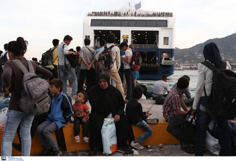 500 αιτούντες άσυλο από Μυτιλήνη και Σάμο μεταφέρονται στην περιφέρεια