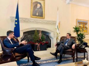 Στην Κύπρο ο Κώστας Μπακογιάννης! Συναντήθηκε με τον Νίκο Αναστασιάδη