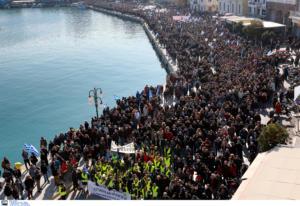 Προσφυγικό: Διαφωνίες και υποσχέσεις στο Μαξίμου – Δέσμευση ότι θα κλείσουν οι ανοιχτές δομές!