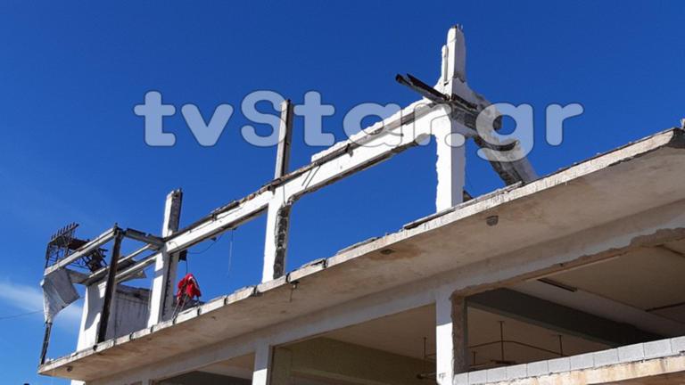 Χαλκίδα: Κολόνα καταπλάκωσε εργάτη! Σοβαρή η κατάστασή του [pics]