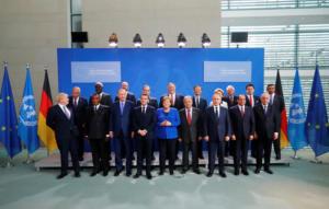 Διάσκεψη Βερολίνου: Με ευτράπελα η οικογενειακή φωτογραφία [video]