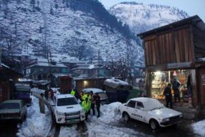 Πακιστάν: 93 οι νεκροί από τις κατολισθήσεις και τις χιονοστιβάδες