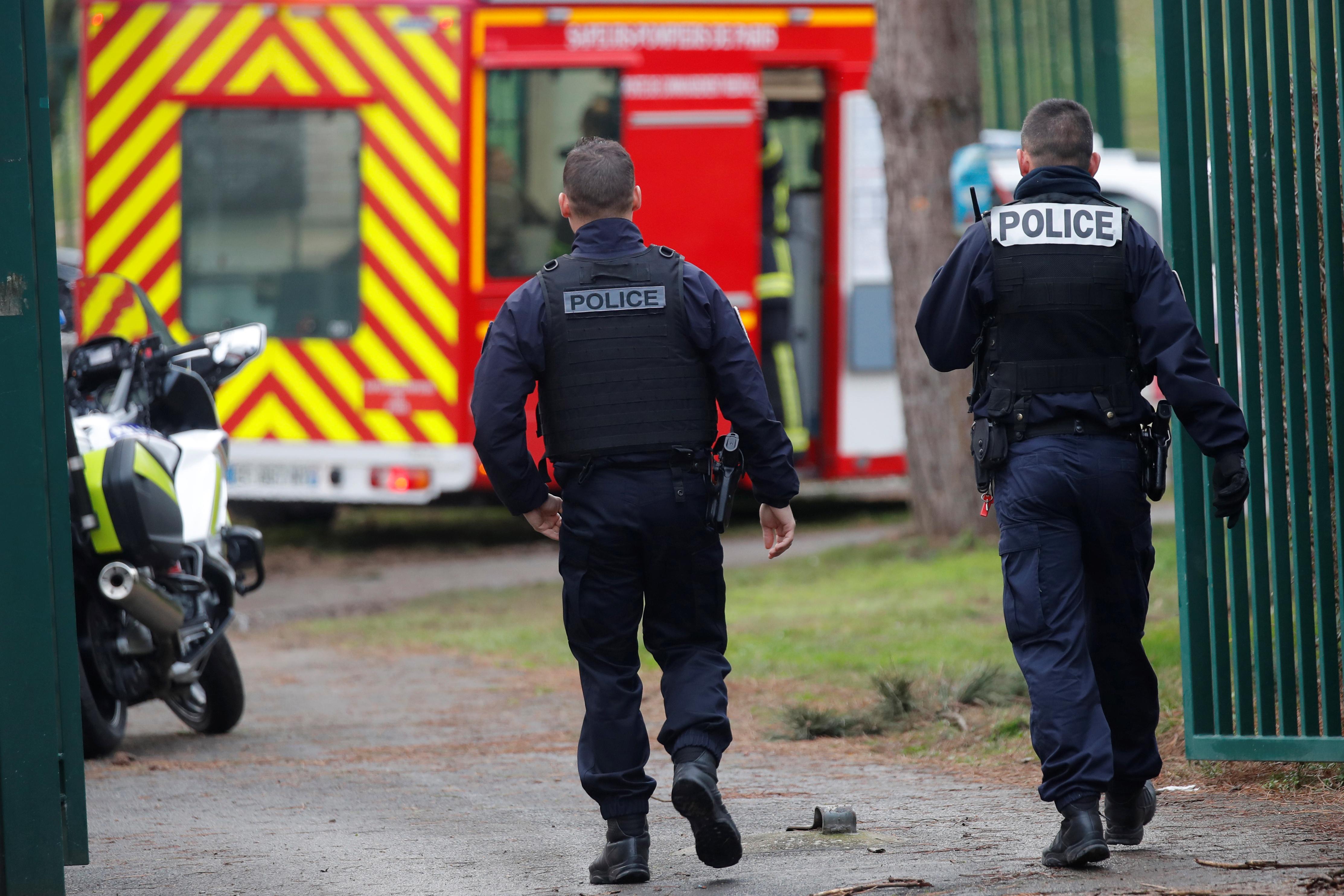 Παρίσι: Ένας νεκρός από επίθεση με μαχαίρι, πολλοί οι τραυματίες