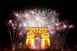 Πρωτοχρονιά 2020: Έτσι υποδέχτηκε ο κόσμος το νέο έτος [video]