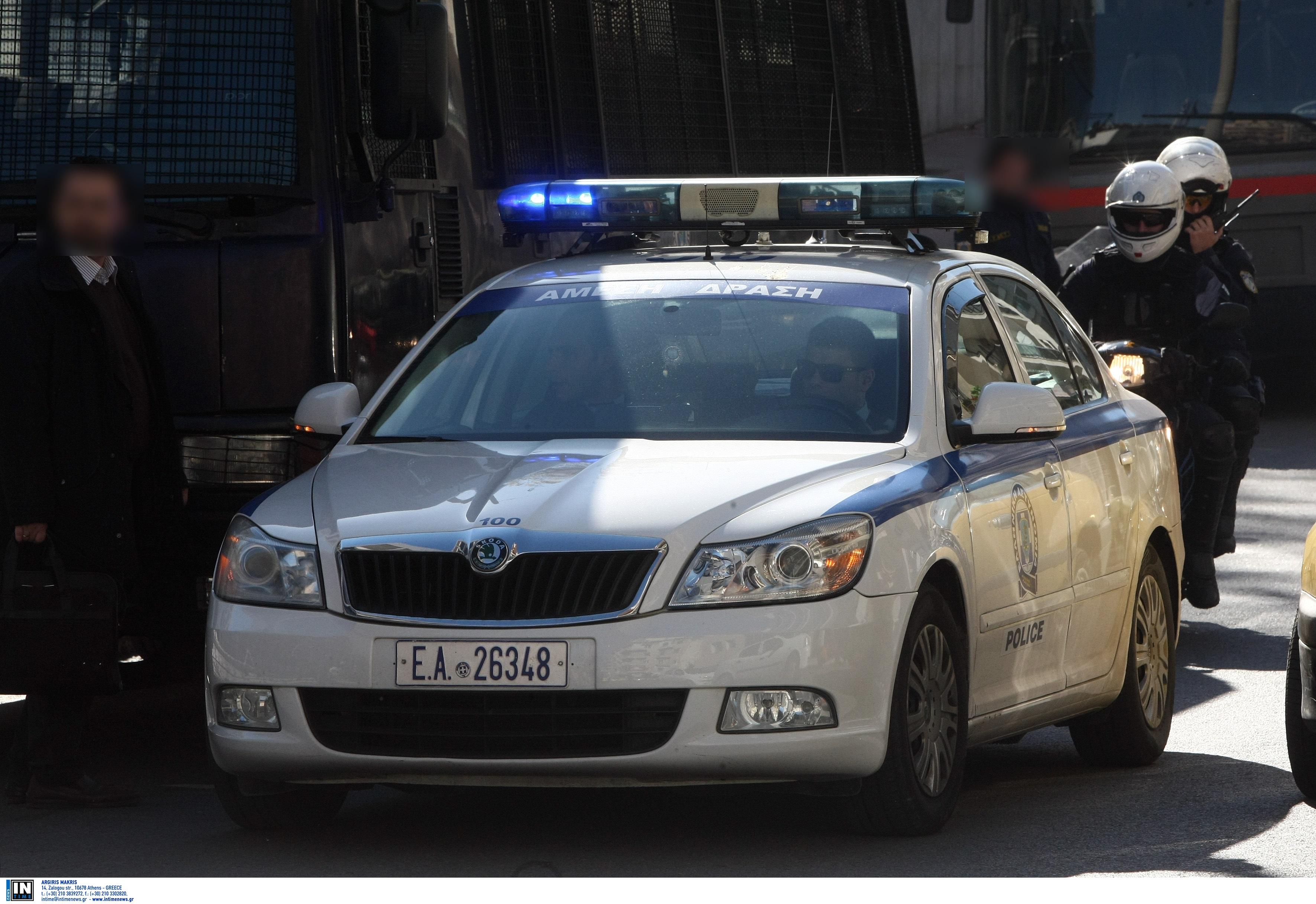 Πυροβολισμός έξω από το σπίτι πρώην υπουργού! Τραυματίστηκε γυναίκα μετά από καβγά με αστυνομικό