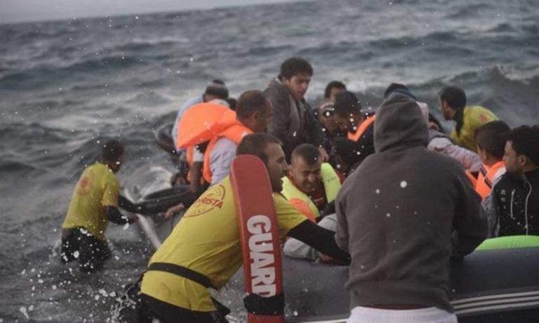 Προσφυγικό: «Υγειονομική βόμβα» οι παράνομες ΜΚΟ