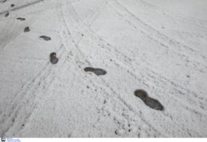 """Καιρός: """"Αφηνιάζει"""" ο Ηφαιστίων! Χιόνια στην Αττική τις επόμενες ώρες"""